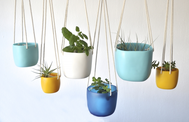 Hanging Planters-assorted colors